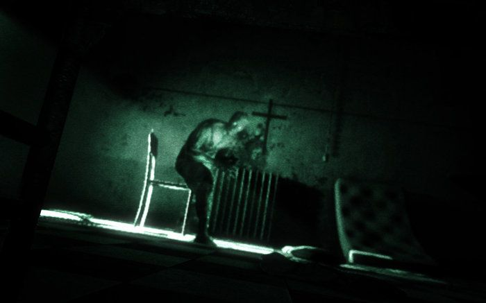 Outlast Scarica Night Vision